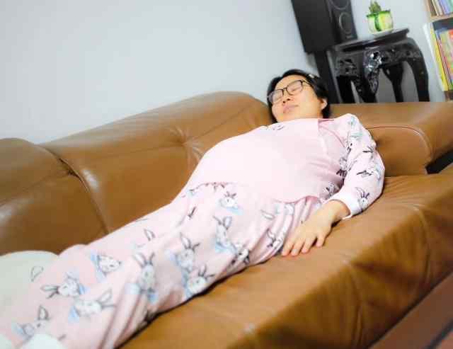 孕13周可以平躺睡吗 孕妇平躺影响胎儿发育 看完这个答案 孕期能放心睡个好觉