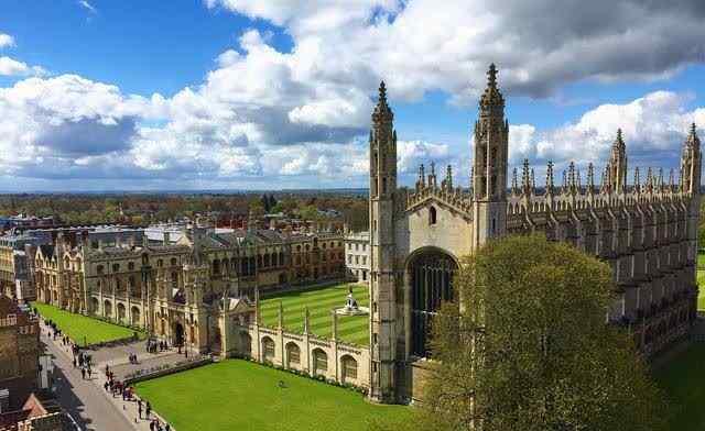 英国十大顶级名校 英国大学十大名校:剑桥、牛津最强 第九也是全球百强大学